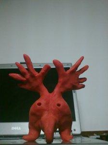 monstruo rojo 2 detras